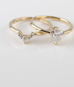5x7mm Pear Moissanite Wedding Ring Set South Africa