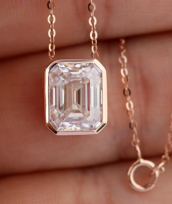 4ct Emerald Cut Moissanite Necklace South Africa