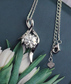 Round Brilliant Moissanite Crossover Necklace South Africa